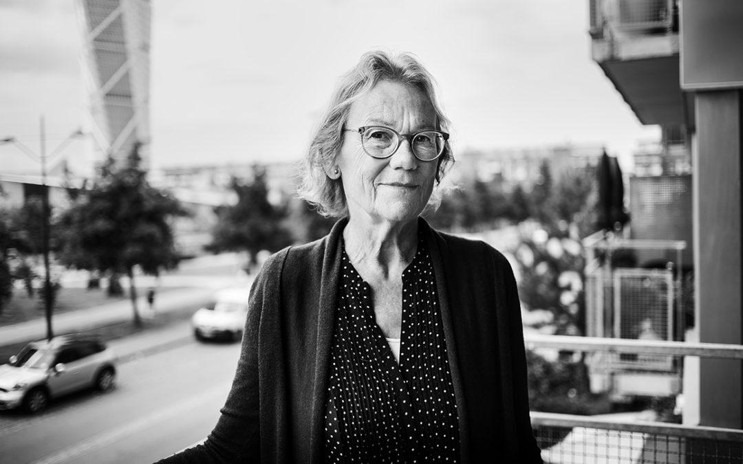 Barbro Blomberg har skrivit Längtans Vals – en dokumentär roman