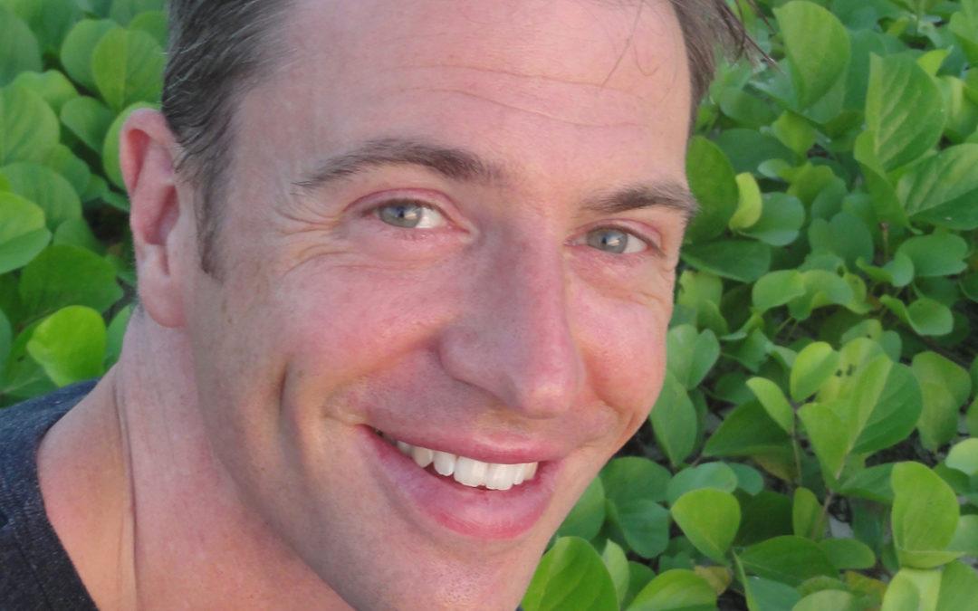 Chris Monö ger ut själv på den internationella marknaden